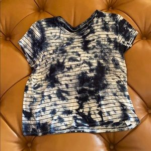 AE Soft and Sexy Blue Tie Dye Floral Tee Size L